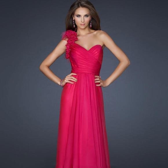 La Femme Dresses | One Shoulder Fuchsia Evening Gown | Poshmark